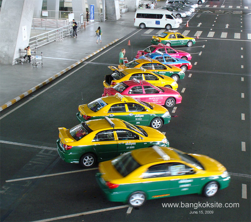 how to get to bangkok from airport