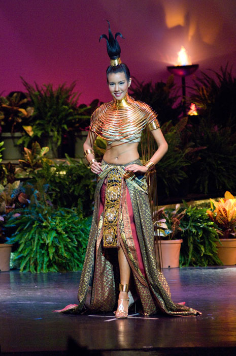 'Khaimook' Miss Thailand Universe 2009 Chutima Durongdej has won Best National Costume award