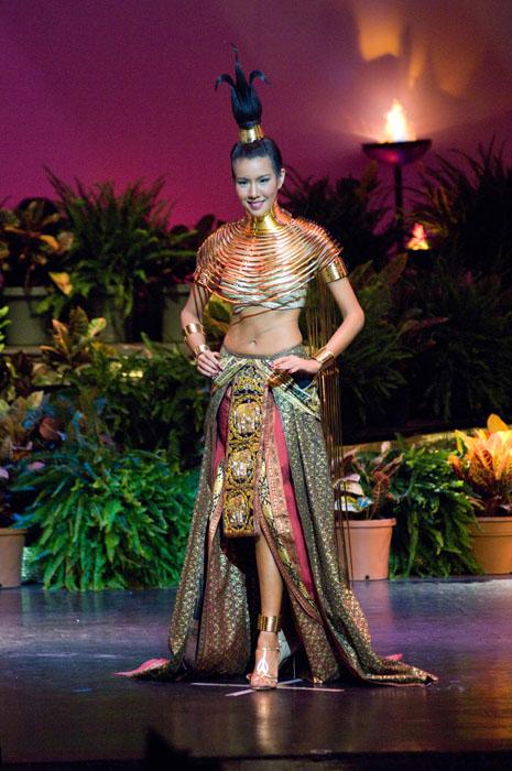 'Khaimook' Miss Thailand Universe 2009 Chutima Durongdej has won Best National Costume award